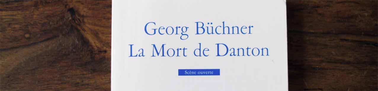 Büchners Dantons Tod ist das einzige zu Lebzeiten des Autors, allerdings stark zensiert, veröffentlichete Stück.