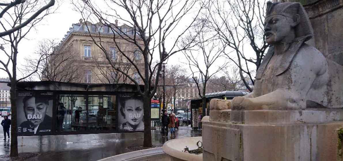 Der Visa-Pavillon auf der Place du Châtelet