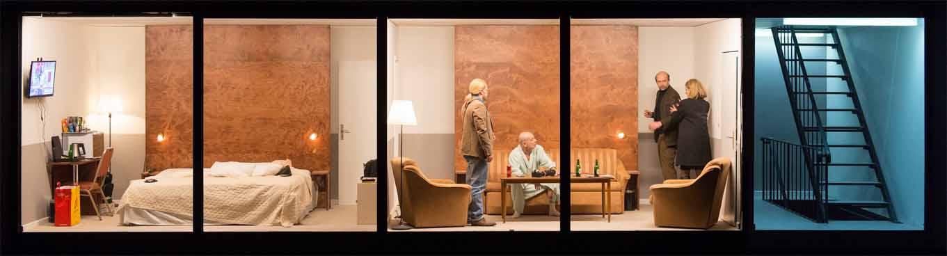 Ein Blick in zwei Räume des Hotel Strindberg