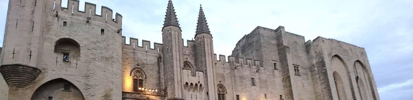 Der Papstpalast ist Hauptaustragungsort beim Festival