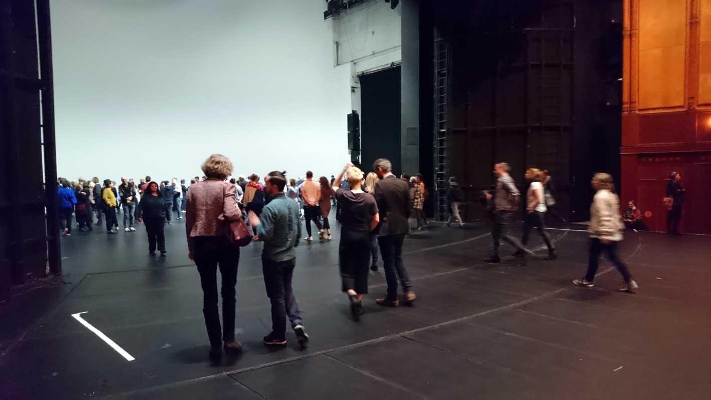 Das Publikum erobert die Bühne. Ist das Programm der neuen Leitung?
